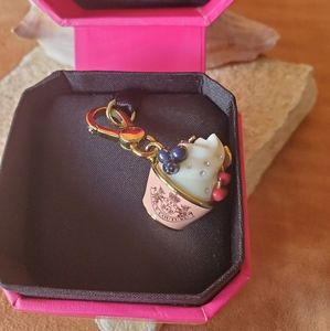 Juicy Couture cupcake charm in box